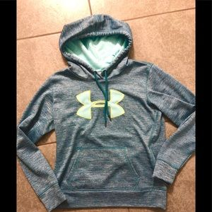 Woman's UnderArmour hoodie size small